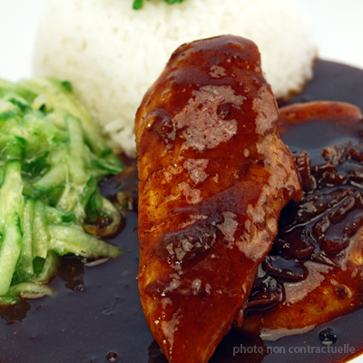 Adobo au poulet au piment d'espelette
